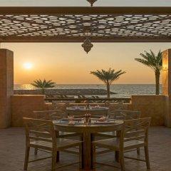 Отель Ajman Saray, A Luxury Collection Resort Аджман питание фото 8