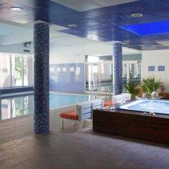 Отель UHC Spa Aqquaria Family Complex Испания, Салоу - 2 отзыва об отеле, цены и фото номеров - забронировать отель UHC Spa Aqquaria Family Complex онлайн бассейн фото 2