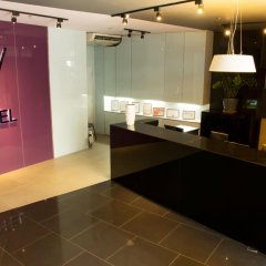 Отель V Hotel Филиппины, Манила - отзывы, цены и фото номеров - забронировать отель V Hotel онлайн интерьер отеля фото 2