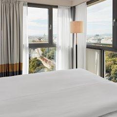 Отель Hilton Vienna Австрия, Вена - 13 отзывов об отеле, цены и фото номеров - забронировать отель Hilton Vienna онлайн балкон