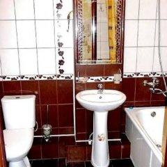 Апартаменты «На левом берегу» Омск ванная