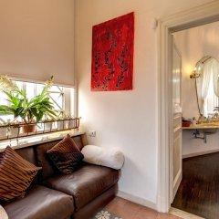 C. Luxury Palace & Hostel комната для гостей фото 4