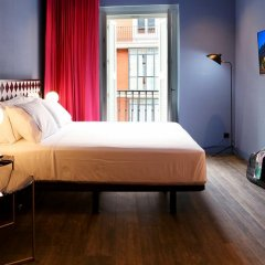 Отель Axel Hotel Madrid – Gay friendly Испания, Мадрид - 2 отзыва об отеле, цены и фото номеров - забронировать отель Axel Hotel Madrid – Gay friendly онлайн комната для гостей фото 3