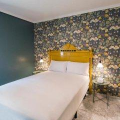 Отель Petit Palace Puerta de Triana 3* Небольшой двухместный номер с различными типами кроватей фото 3