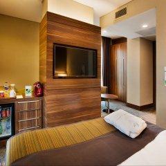 Holiday Inn Istanbul - Kadikoy Турция, Стамбул - 1 отзыв об отеле, цены и фото номеров - забронировать отель Holiday Inn Istanbul - Kadikoy онлайн удобства в номере фото 2