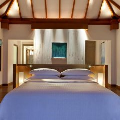 Отель Sheraton Maldives Full Moon Resort & Spa 5* Вилла Water с различными типами кроватей