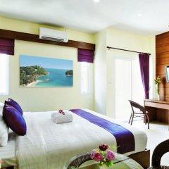 Отель At Phuket Guest House комната для гостей фото 6
