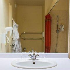 Гостиница Космос 3* Улучшенный номер с различными типами кроватей фото 5
