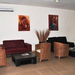 Viana Hotel интерьер отеля