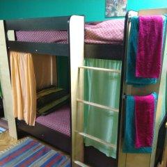 Мини-отель & Хостел Заря Стандартный семейный номер двуспальная кровать
