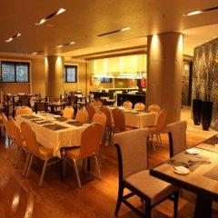 Отель Ramada Xian Bell Tower Hotel Китай, Сиань - отзывы, цены и фото номеров - забронировать отель Ramada Xian Bell Tower Hotel онлайн питание фото 2