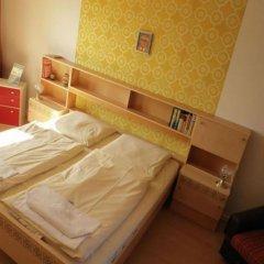Отель OSTEL - Das DDR Hostel Германия, Берлин - 3 отзыва об отеле, цены и фото номеров - забронировать отель OSTEL - Das DDR Hostel онлайн детские мероприятия фото 2