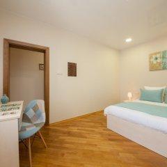 Гостиница ПолиАрт Стандартный номер с двуспальной кроватью фото 19