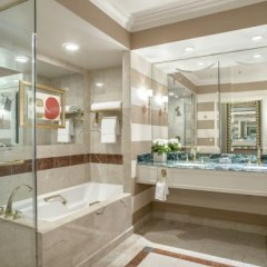 The Palazzo Resort Hotel Casino 5* Номер Renaissance media с различными типами кроватей фото 2