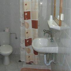Silver Beach Hotel and Annexe Apartments ванная