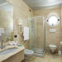 Astoria Suite Hotel ванная