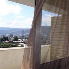 Отель Tbilisi Central by Mgzavrebi балкон