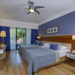Limak Atlantis Deluxe Hotel комната для гостей