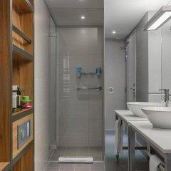 Отель Aloft Brussels Schuman 3* Номер Savvy с различными типами кроватей фото 3