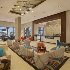 Отель DoubleTree by Hilton Resort & Spa Marjan Island интерьер отеля фото 2