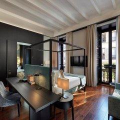 Отель Mandarin Oriental, Milan 5* Президентский люкс с различными типами кроватей