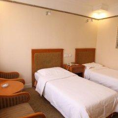 Отель Chongqing Hotel Китай, Пекин - отзывы, цены и фото номеров - забронировать отель Chongqing Hotel онлайн комната для гостей фото 6