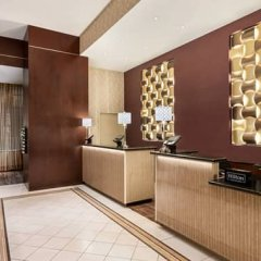 Отель DoubleTree by Hilton New York Downtown интерьер отеля
