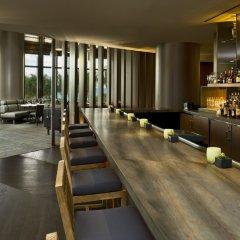 Отель The St. Regis Bal Harbour Resort гостиничный бар