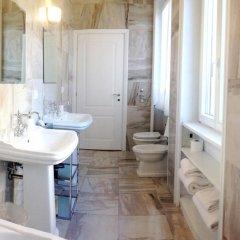 Отель The Place Италия, Милан - отзывы, цены и фото номеров - забронировать отель The Place онлайн ванная фото 2