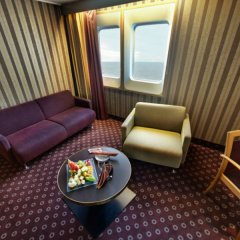 Гостиница Norwegian Jade Cruise Ship в Сочи отзывы, цены и фото номеров - забронировать гостиницу Norwegian Jade Cruise Ship онлайн удобства в номере