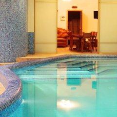 Мини-отель LUX бассейн фото 2