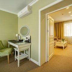 Гостиница Гранд Звезда 4* Семейный люкс с различными типами кроватей фото 3