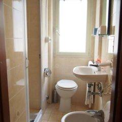 Hotel Santa Croce ванная фото 4