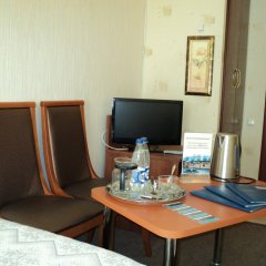 Гостиница Спутник 2* Номер Эконом с 2 отдельными кроватями (общая ванная комната) фото 4