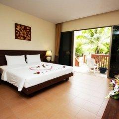 Отель Kata Sea Breeze Resort 3* Номер Делюкс с различными типами кроватей