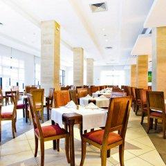 Отель Smartline Petit Palais питание