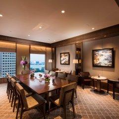 Отель Conrad Centennial Singapore в номере