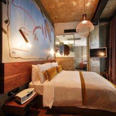 Отель Ikonik The Public 4* Улучшенный номер с различными типами кроватей фото 4