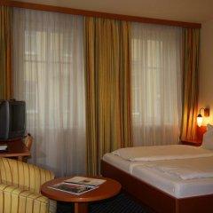 Отель Suite Hotel 900 m zur Oper Австрия, Вена - 1 отзыв об отеле, цены и фото номеров - забронировать отель Suite Hotel 900 m zur Oper онлайн комната для гостей фото 2