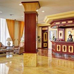Отель Grupotel Santa Eulària & Spa - Adults Only интерьер отеля