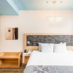 Отель TRYP By Wyndham Times Square South 4* Стандартный семейный номер с различными типами кроватей
