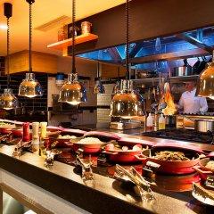 Отель Holiday Inn Istanbul - Kadikoy гостиничный бар фото 3