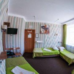 Хостел Хабаровск B&B Кровать в общем номере с двухъярусной кроватью