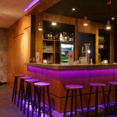 Отель Amsterdam De Roode Leeuw Нидерланды, Амстердам - 1 отзыв об отеле, цены и фото номеров - забронировать отель Amsterdam De Roode Leeuw онлайн гостиничный бар