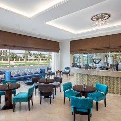 Отель Doubletree By Hilton Ras Al Khaimah гостиничный бар