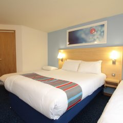 Отель Travelodge London Docklands комната для гостей фото 2