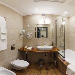 Гостиница Голубая Лагуна Улучшенный номер разные типы кроватей фото 16
