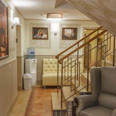 Гостиница «Август» интерьер отеля фото 2