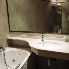 Отель Hôtel London Opera Франция, Париж - 5 отзывов об отеле, цены и фото номеров - забронировать отель Hôtel London Opera онлайн ванная