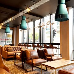 DoubleTree by Hilton Hotel Manchester - Piccadilly гостиничный бар фото 6